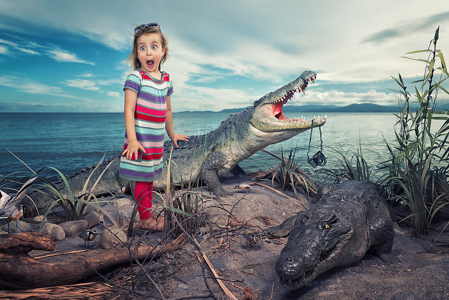 Moom! Dad is over here!!! par John Wilhelm